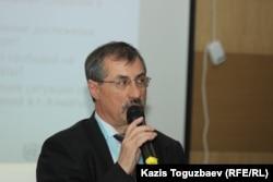 Kazahstanski borac za ljudska prava Jevgenij Žovtis