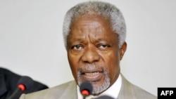 I dërguari i Kombeve të Bashkuara dhe i Ligës Arabe për Sirinë, Kofi Anan.