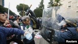 Nga protesta e 21 janarit,Tiranë, 2011,
