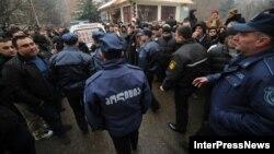 Громкие аресты чиновников предыдущей власти вызвали обеспокоенность части грузинской общественности