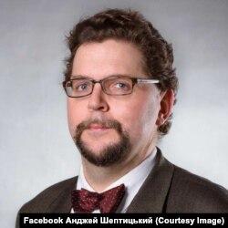 Анджей Шептицький, політолог із Варшавського університету