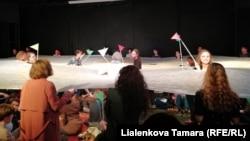 """Проект """"Полдень"""", реж. Семен Александровский"""