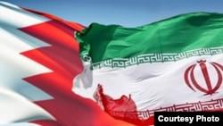 Флаги Бахрейна (слева) и Ирана.