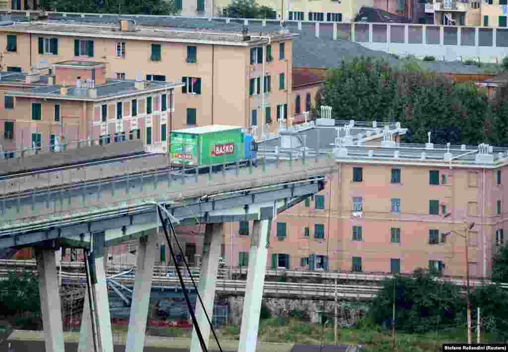 The Morandi Bridge in the Italian port city of Genoa, part of which collapsed on August 14, killing scores of people. (Reuters/Stefano Rellandini)