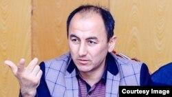 Далер Ғуфронов, рӯзноманигори тоҷик