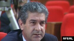 Али Ахмедов