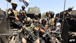 تیپ یک ارتش عراق، مشهور به «دستهی طلایی»- نیروهای عملیات ویژه آن کشور، در حال انجام تمرینهای مربوط به عملیات موصل