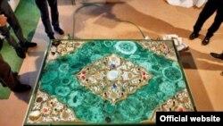 1 milyon avroluq Quran