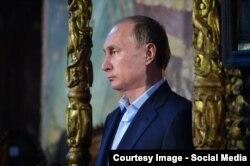 Vladimir Putin la Athos