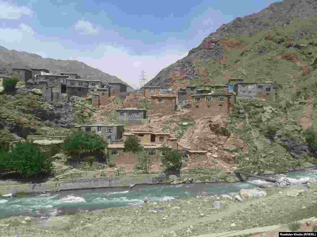 A typical Afghan village, where houses are built on hilltops from stone, clay, or concrete.