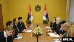 Delegacija Međunarodnog monetarnog fonda sa predstavnicima Vlade Srbije, maj 2010. Foto: Vesna Anđić