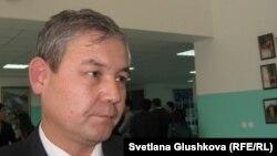 Уалихан Кайсаров, первый заместитель председателя партии «Адилет». Астана, 3 декабря 2011 года.