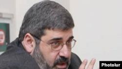 Ответственный по политическим вопросам партии АРФ «Дашнакцутюн» и глава офиса Ай Дата Киро Маноян (архив)