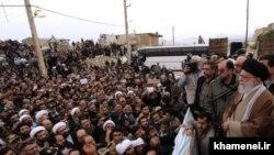 İranın ali dini lideri Ayatollah Ali Khamenei zəlzələ zonasında