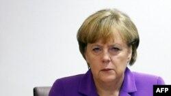 آنگلا مرکل، صدراعظم آلمان، مکالمه افشاشده ویکتوریا نولاند را «غیرقابل قبول» خوانده است
