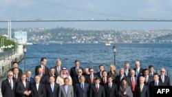 مقامات شرکتکننده در کنفرانس استانبول، ترکیه، درباره افغانستان
