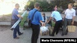 Задержания на пикете в поддержку Алексея Навального в Иркутске