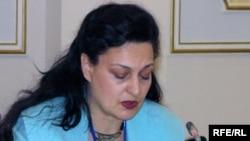 Жаңа демократия институтының атқарушы директоры Маргарита Ассенова. Астана, 28 қазан 2009 жыл.