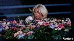 Azərbaycan pop ulduzu Lady Gaga-nı Oyunların açılışına dəvət etmişdi