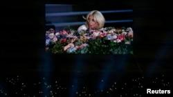 Lady Gaga Bakı Olimpiya Stadionunda çıxış edir, 12 iyun 2015