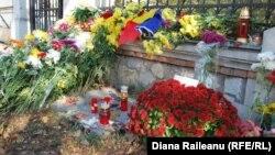 Reculegere și solidaritate cu familiile victimelor tragediilor petrecute la București și în Peninsula Sinai...