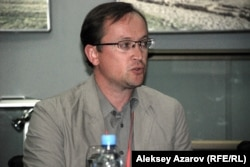 Юрий Пешков.