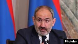До протестів закликав прем'єр-міністр Вірменії Нікол Пашинян (на фото)