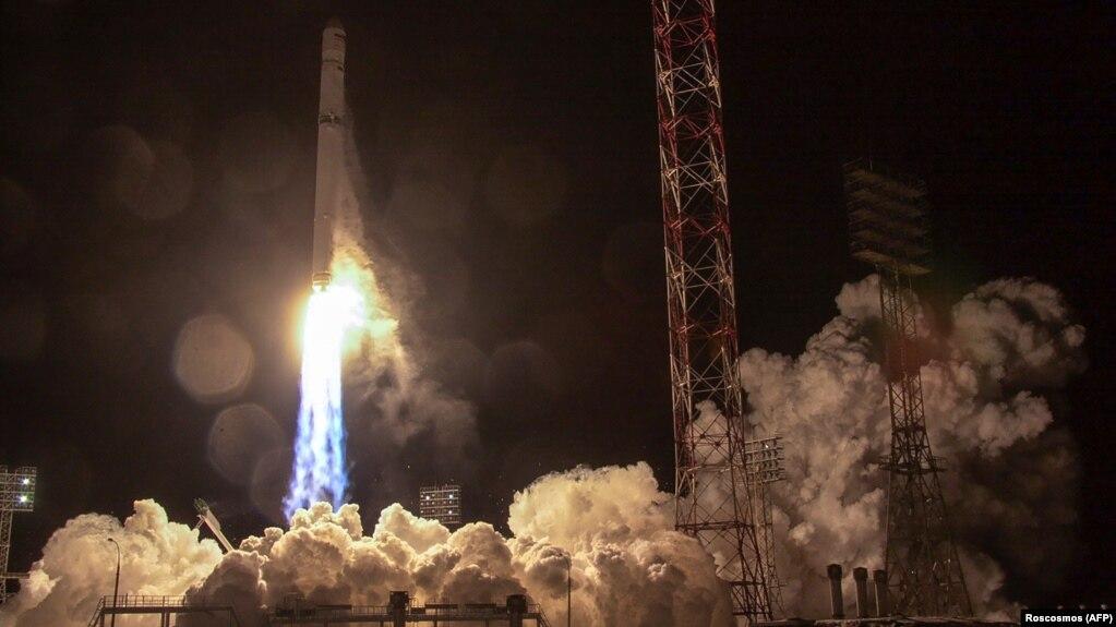 Старт ракети із супутником «Ангосат-1», 27 грудня 2017 року