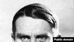 Трофим Лысенко. «От этого Лысенко остается ощущение зубной боли - дай бог ему здоровья, унылого он вида человек... только и помнится угрюмый глаз его, ползающий по земле с таким видом, будто собрался он кого-нибудь укокать». «Правда» 7 августа 1927 года