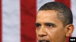 Президент Обама во время выступления по реформе медицинского страхования.