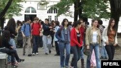 Srednjoškolci u Podgorici, foto: Savo Prelević