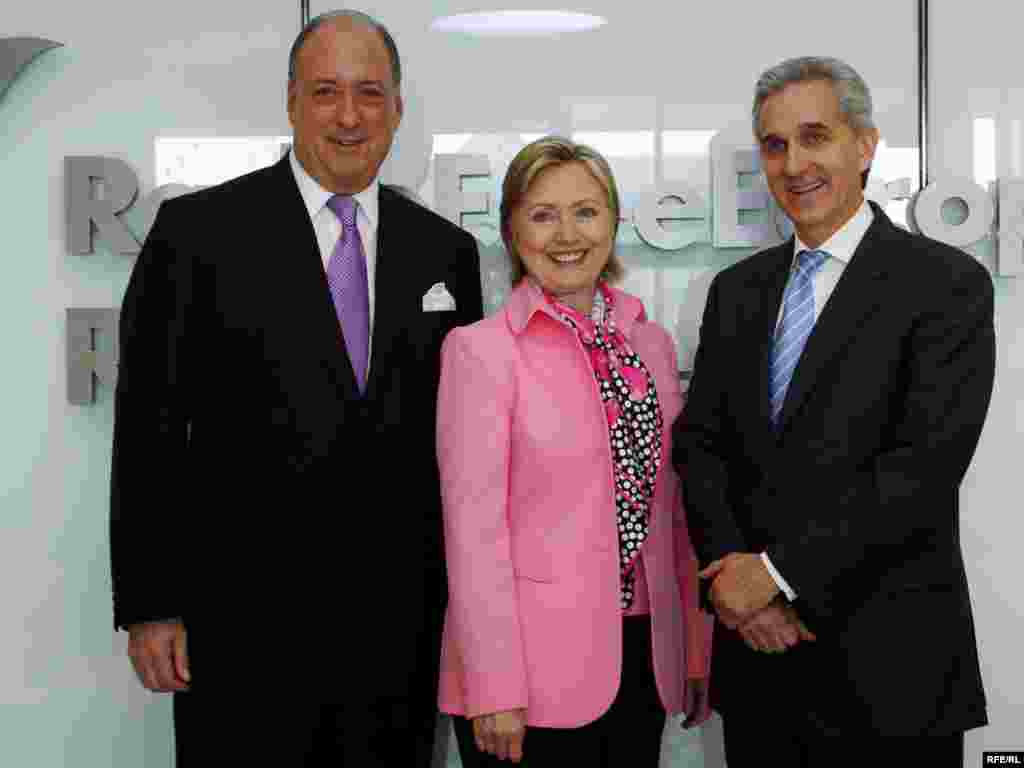 The Secretary of State with BBG Governor Hirschberg (L) and RFE/RL President Gedmin.