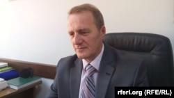 A group led by Kosovo's chief mufti, Sabri Bajgora, evaluates suspect books and publications.