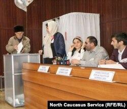 Избирательная комиссия на президентских выборах России в Гумбетовском районе Дагестана, 18 марта 2018 года
