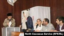 Избирательная комиссия на президентских выборах России в Гумбетовском районе Дагестана