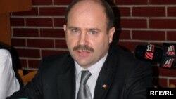 Valeriu Lazăr