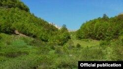 Национален парк Маврово - Жировничка Река. Маврово е прогласено за национален парк пред повеќе од 70 години. Со измени на регулативата за заштита на природата, институциите добија обврска да донесат закон за негово репрогласување.
