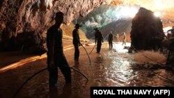 Pamje nga shpella, ku ishin bllokuar 12 djem dhe trajneri i tyre i futbollit për dy javë, Tajlandë.