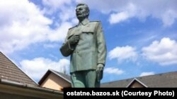İosif Stalinin 3,5 metrlik heykəli, Çex Respublikası