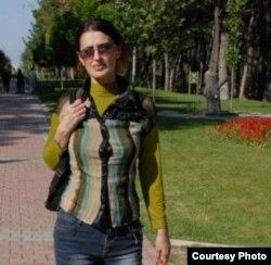 Filmi tənqid edən kinoşünas Sevda Sultanova