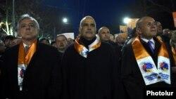 Armenia -- Opposition leaders Raffi Hovannisian (C), Vartan Oskanian (L) and Seyran Ohanian lead a pre-election march in Yerevan, 28Mar2017.