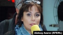 Қайырымдылық қоры директоры Аружан Саин. Алматы, 14 қазан 2014 жыл.