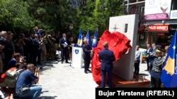 Pamje nga zbulimi i memorialit për ushtarët e KFOR-it që kanë humbur jetën në Kosovë.
