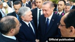 Turkey - President Recep Tayyip Erdogan talks to Armenian Foreign Minister Edward Nalbandian during his inauguration in Ankara, 28Aug2014.