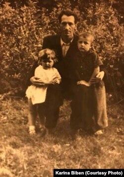 Чоловік Марії Петро з дітьми, Мироном та Славкою, 1962 рік