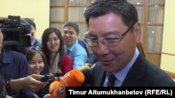 Министр цифрового развития, оборонной и аэрокосмической промышленности Казахстана Аскар Жумагалиев. Нур-Султан, 15 мая 2019 года.