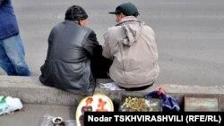 По данным Международной организации труда, уровень безработицы в Грузии в прошедшем году составил 14,4%, что является одним из самых высоких показателей на пространстве бывшего СССР. Худший показатель только у Армении – 18,6%