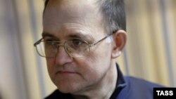 Сергей Кривов в Никулинском суде Москвы, 23 декабря 2013 года
