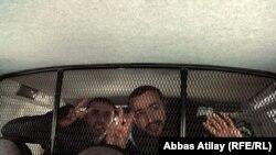 دو تن از بازداشتشدگان در جریان راهپیمایی روز یکشنبه، باکو