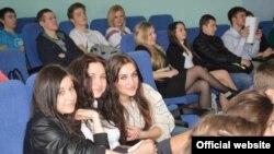 День України, організований студентами-українцями у Варшавському Університеті Лазарського, 17 квітня 2013 року